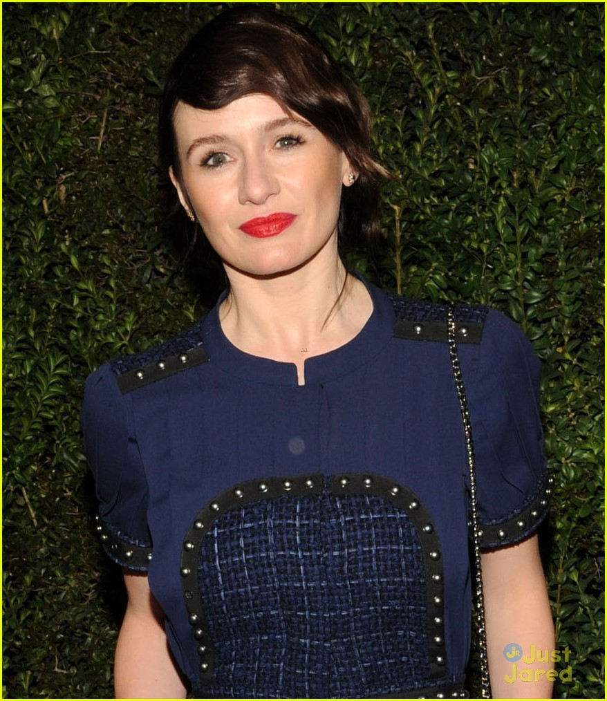 andrea riseborough emily mortimer chanel pre oscars dinner 2013 02