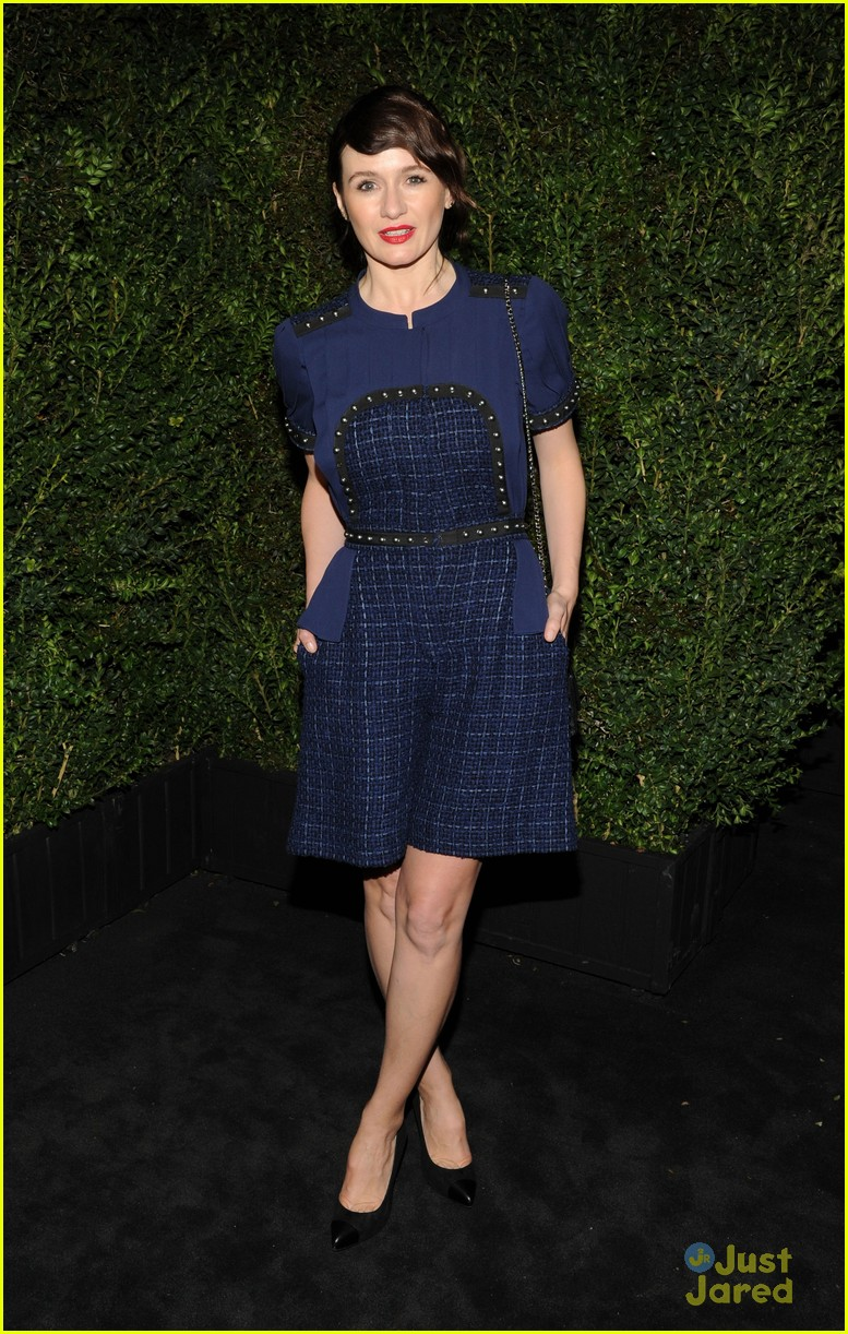 andrea riseborough emily mortimer chanel pre oscars dinner 2013 07