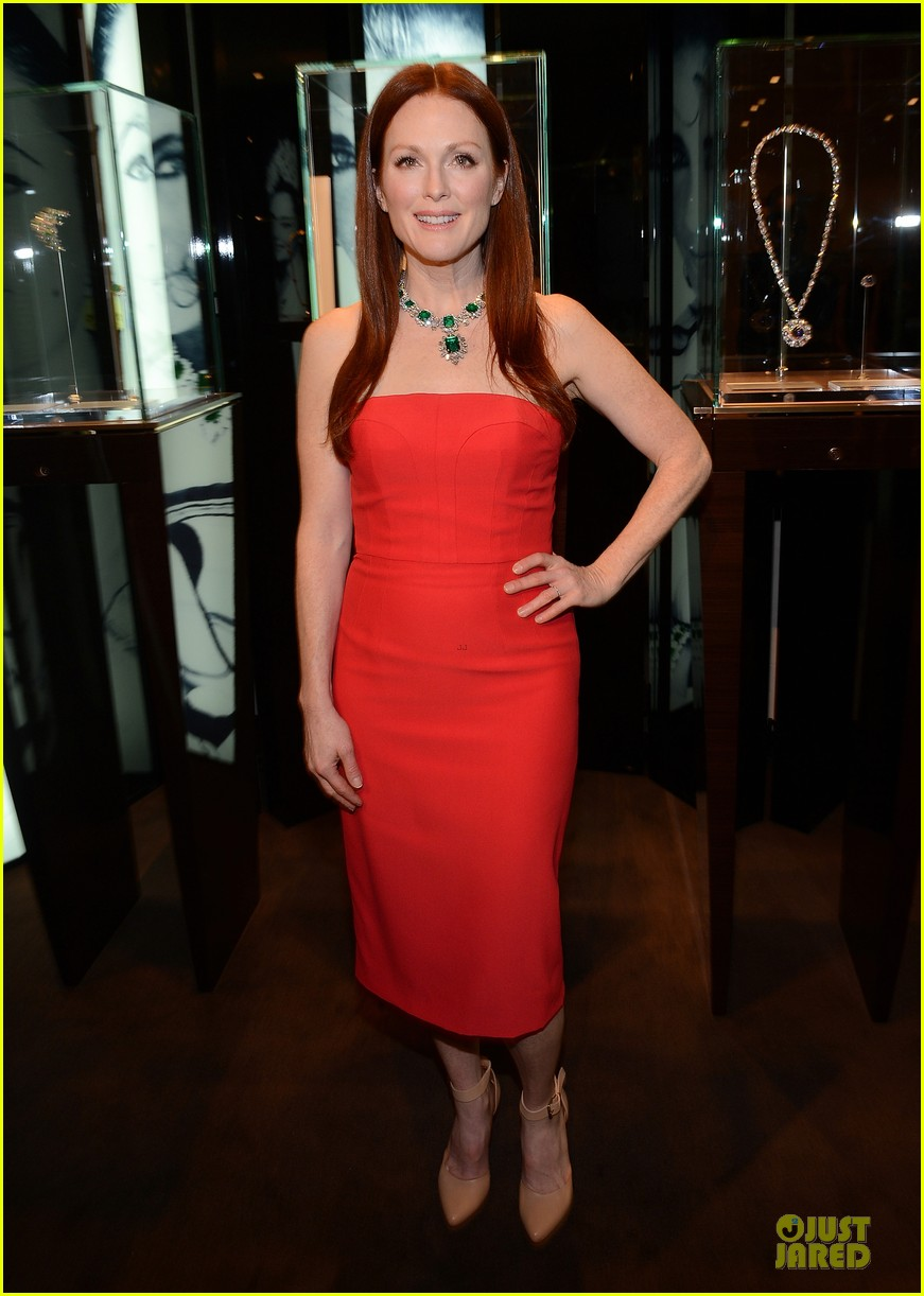 drew barrymore julianne moore elizabeth taylor bvlgari collection event 05