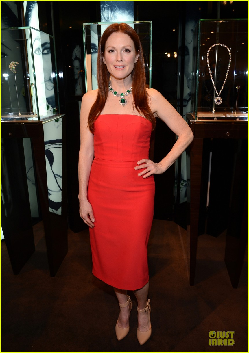 drew barrymore julianne moore elizabeth taylor bvlgari collection event 13