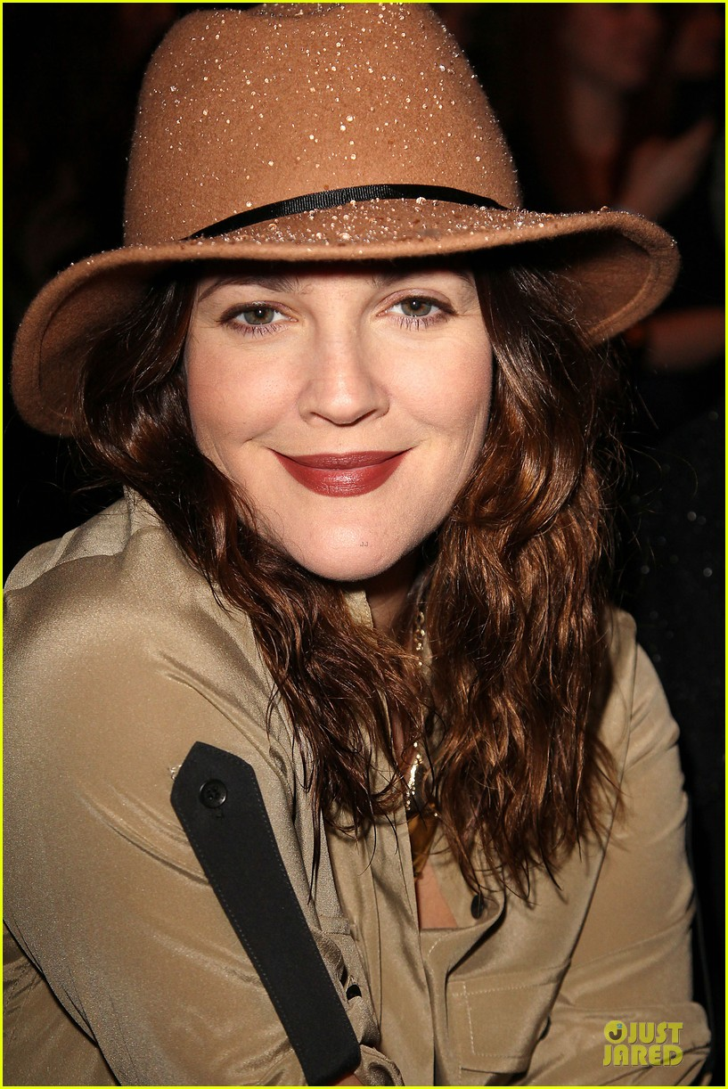 drew barrymore rag bone fashion show 04