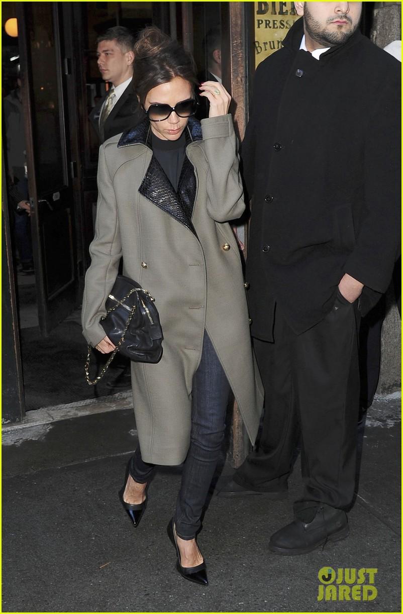victoria beckham new york fashion week runway show 132809980