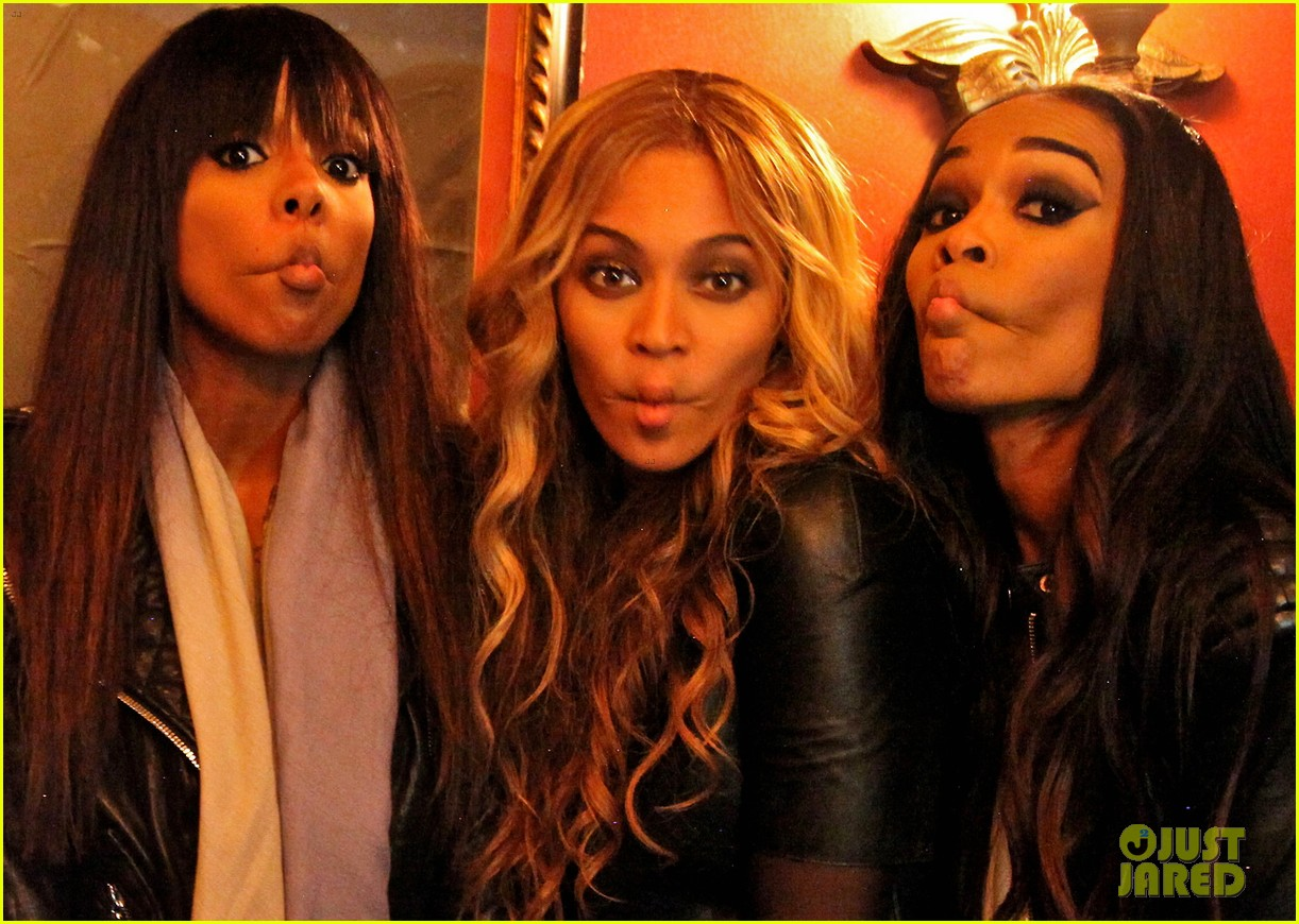 beyonce fishy faces with kelly rowland michelle williams 02