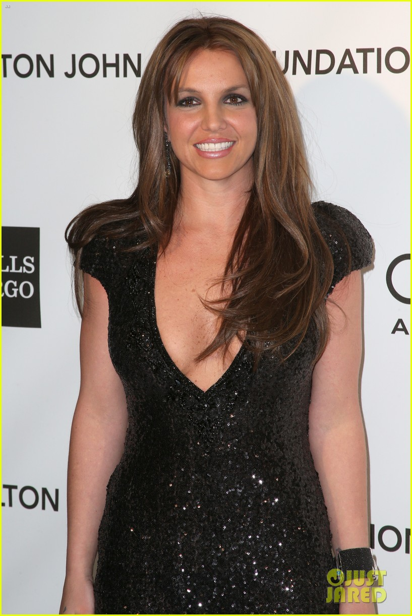 britney spears brown hair at elton john oscars party 2013 172820282