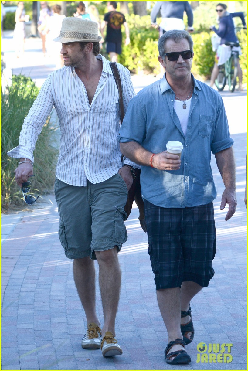 gerard butler mel gibson bromance continues 05