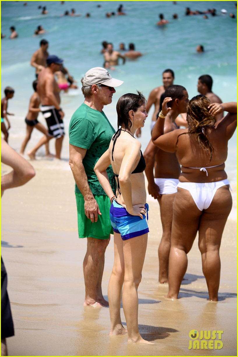 calista flockhart bikini beach day with harrison ford 03