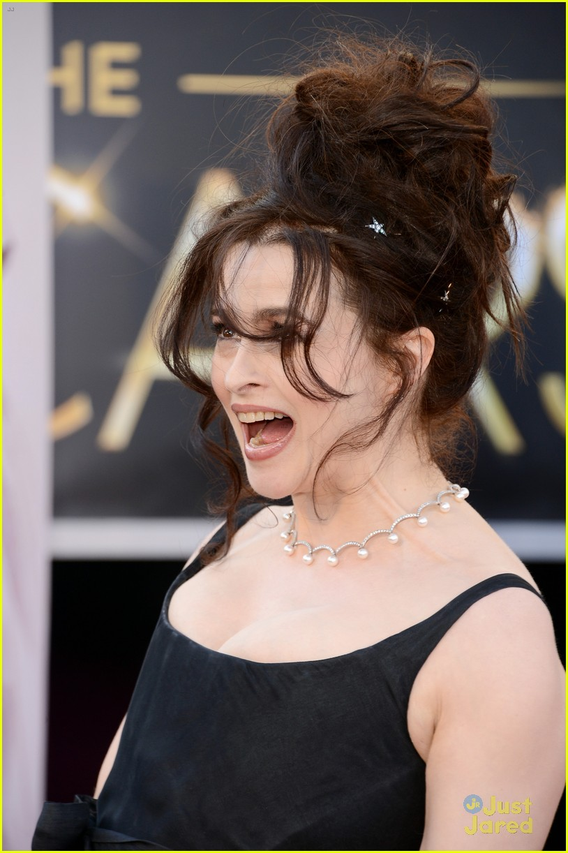 helena bonham carter tim burton oscars red carpet 2013 07