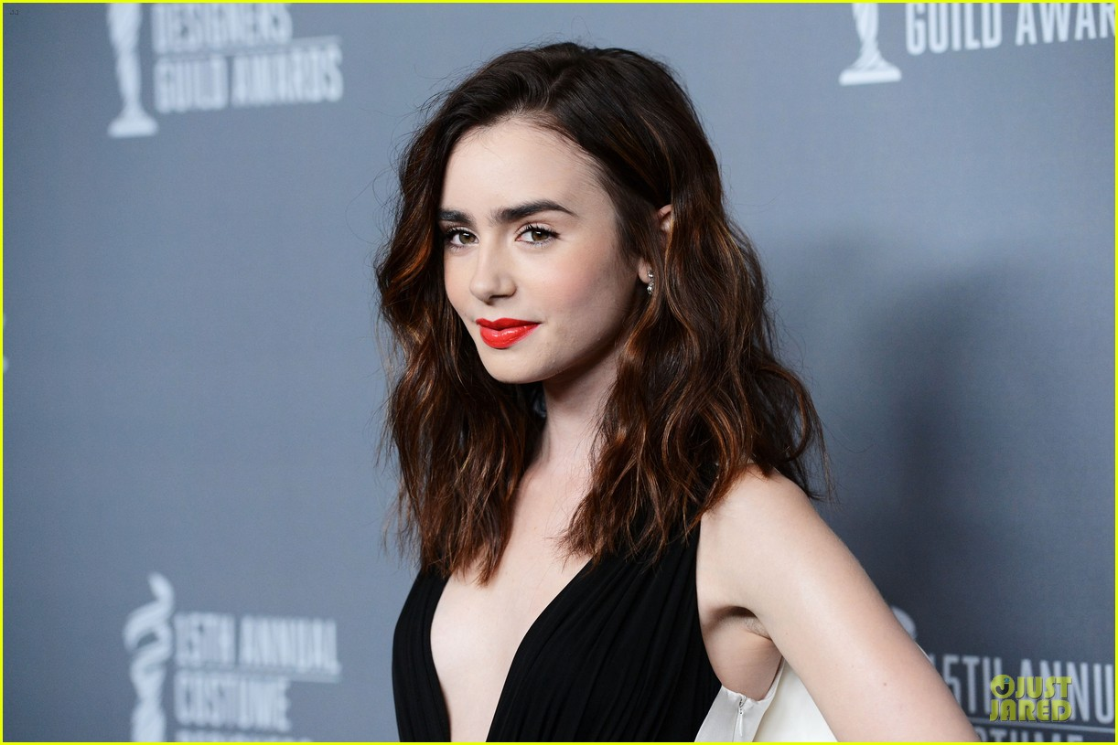 lily collins ashley madekwe cdg awards 2013 red carpet 16