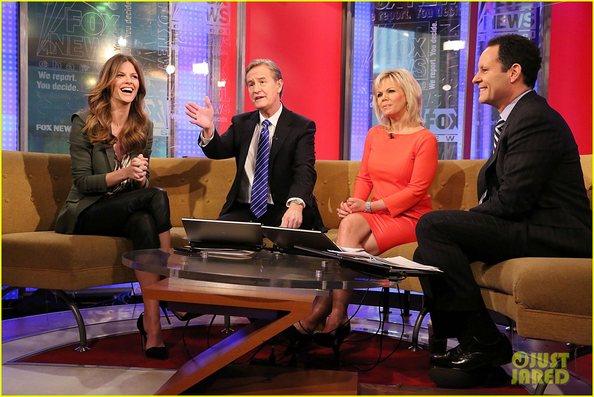 brooklyn decker fox and friends visit 052811624