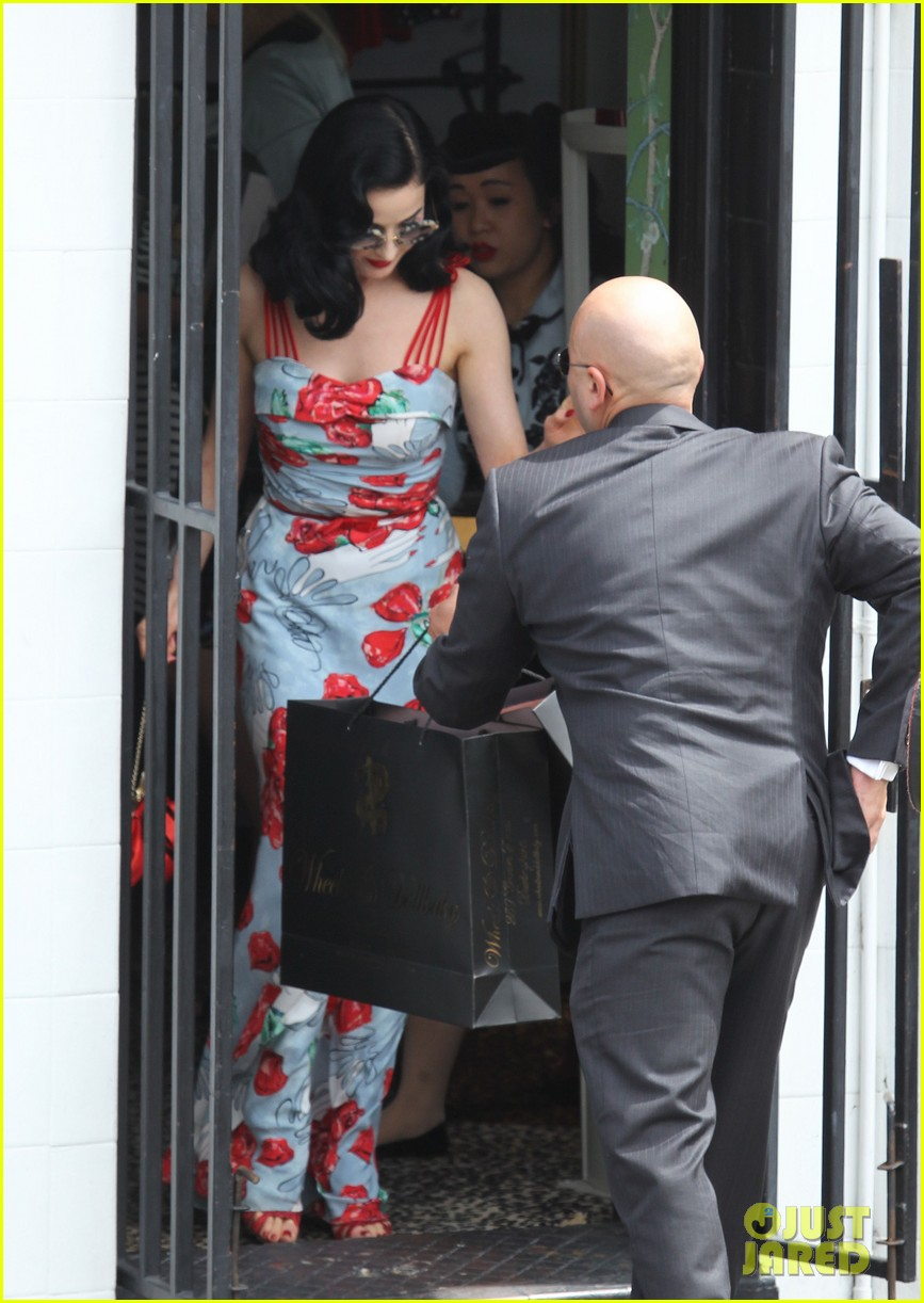 dita von teese catalina lunch with theo hutchcraft 112821075
