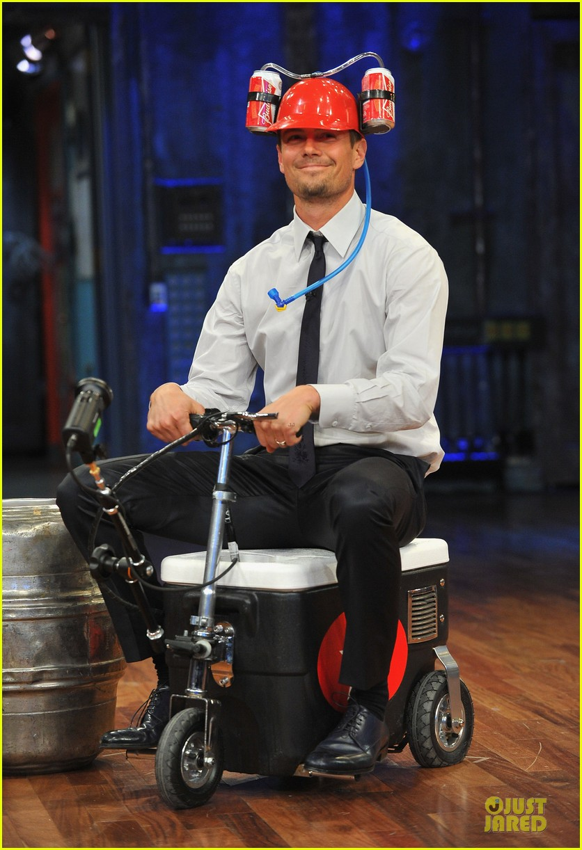 josh duhamel cooler races on fallon 082810972