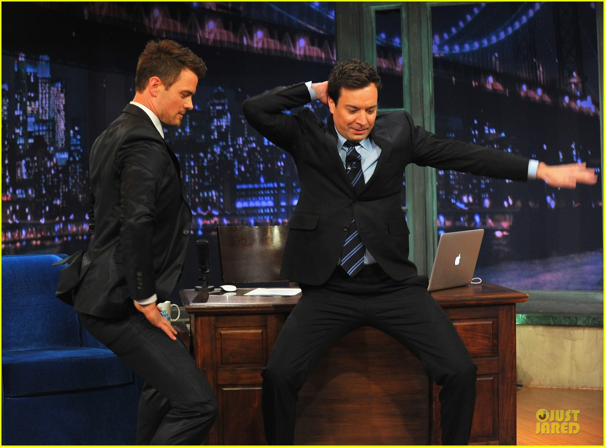 josh duhamel cooler races on fallon 12