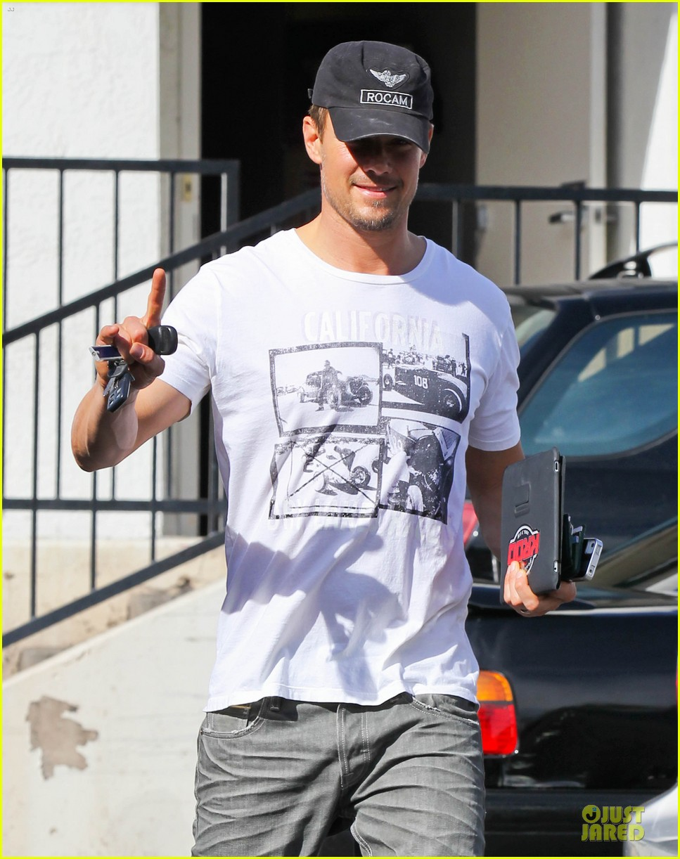josh duhamel made sweet love to fergie on valentines day 042813348