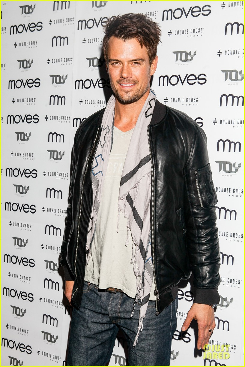 josh duhamel moves magazine cover party 04