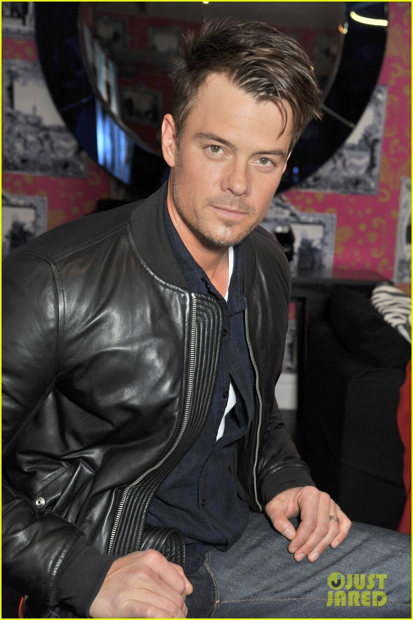 josh duhamel julianne hough safe haven photo call 04