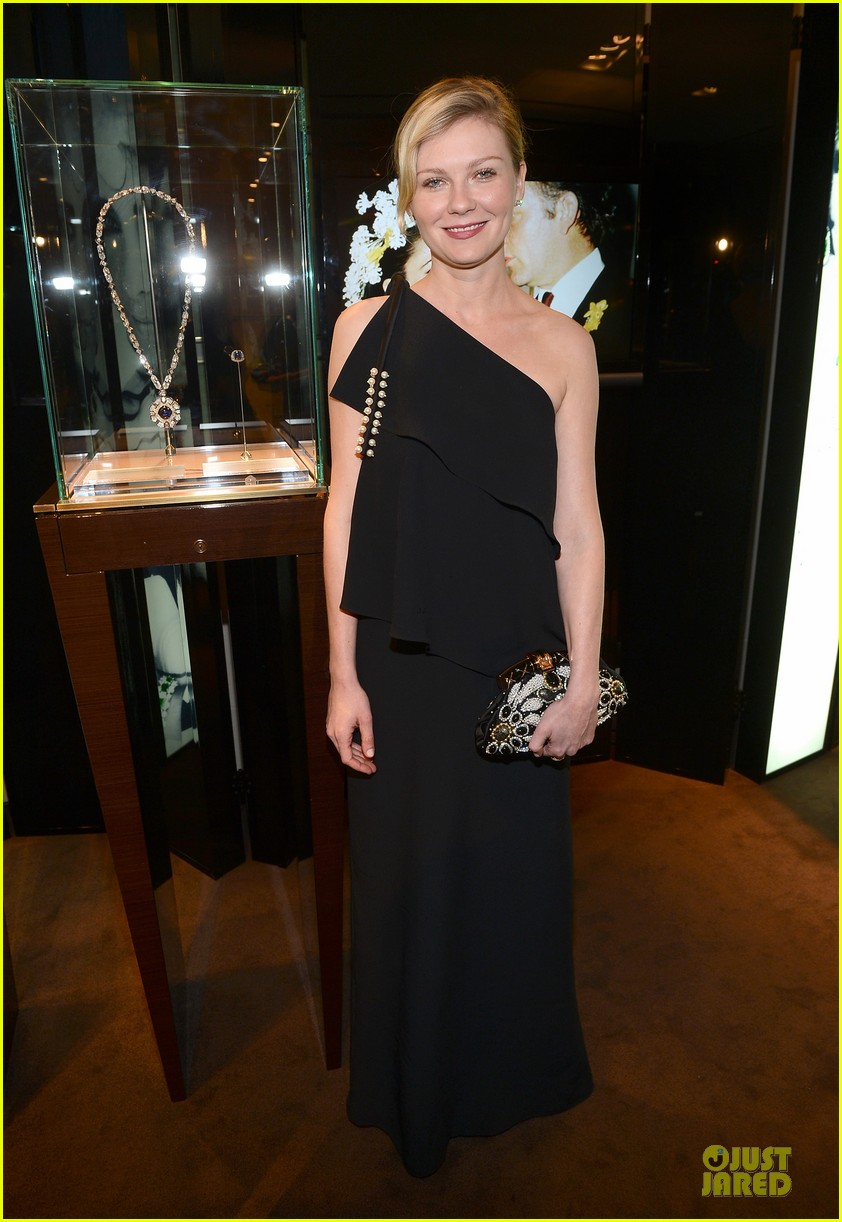 kristin dunst kate walsh bvlgari  celebration of elizabeth taylor collection 01