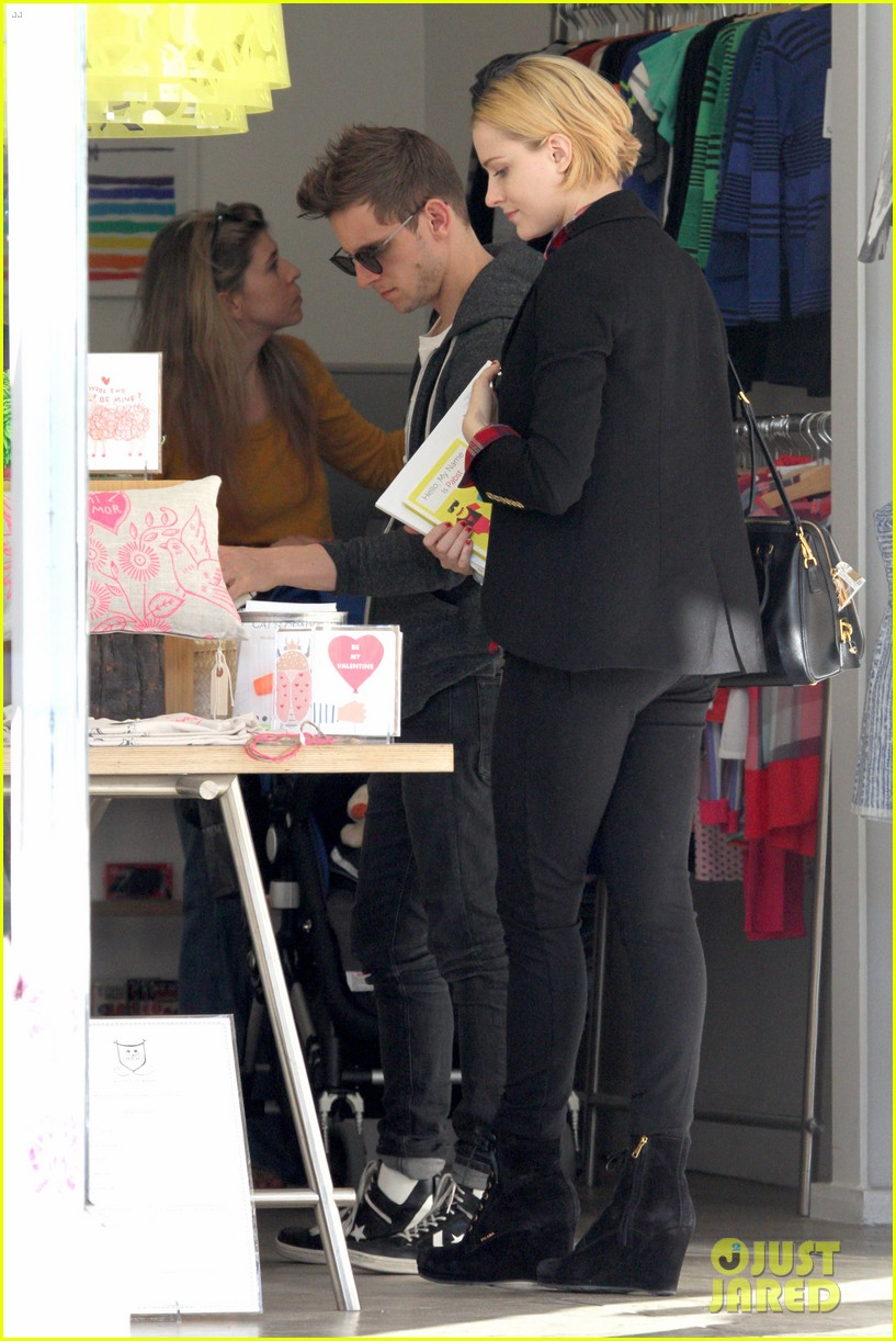 evan rachel wood jamie bell baby shopping 092802432