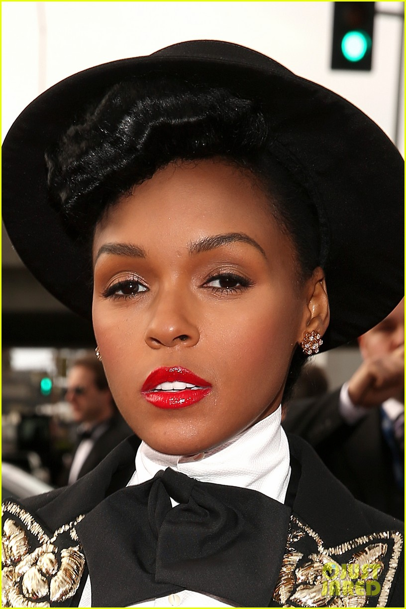 estelle janelle monae grammys 2013 red carpet 08