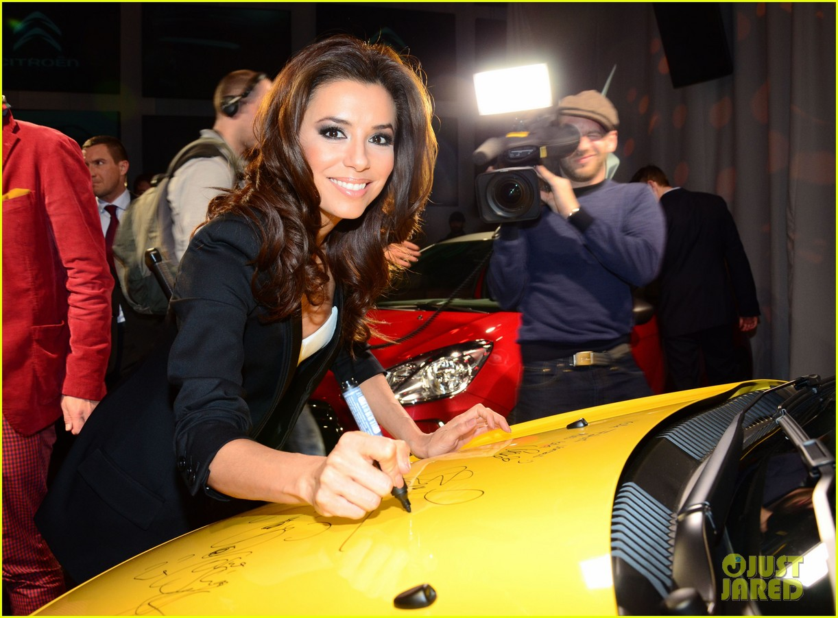 eva longoria citroen ds3 cabrio launch in berlin 15