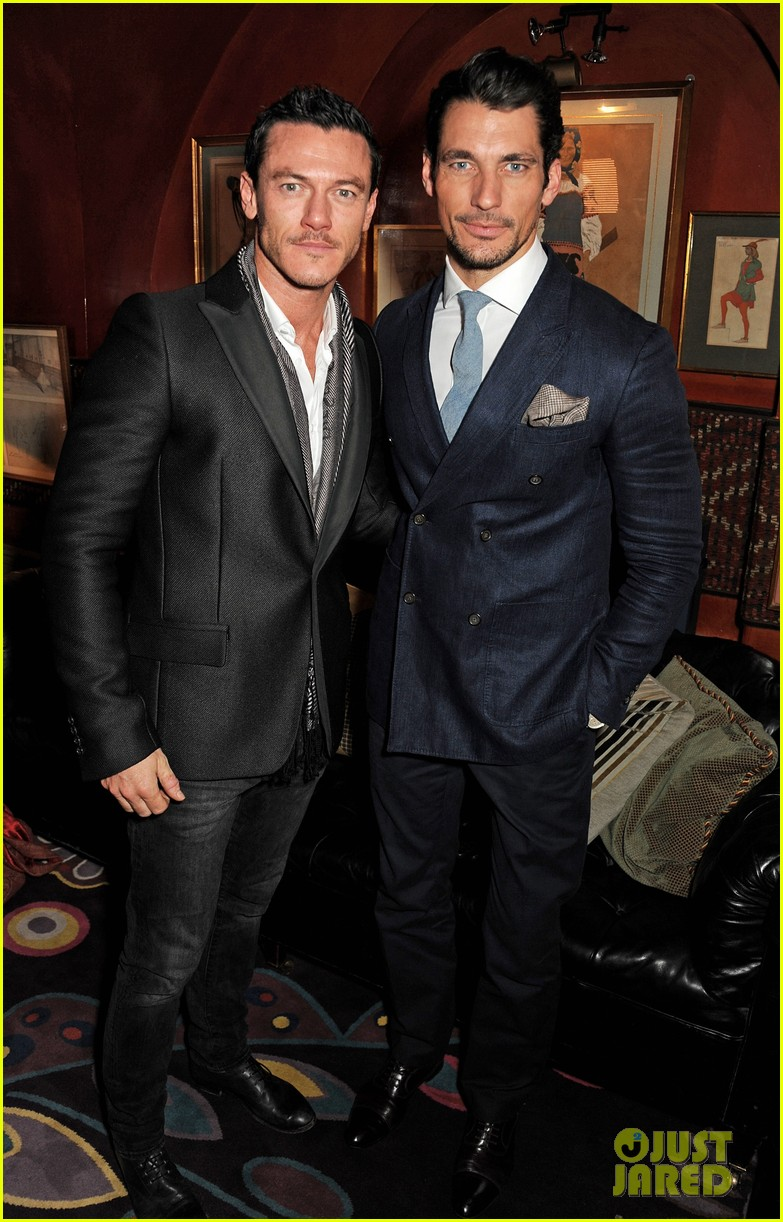 luke evans johnnie walker blue label launch 032805732