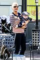 anna faris jack baby gap shopping duo 26