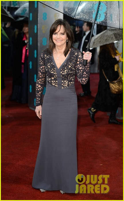 daniel day lewis sally field baftas 2013 red carpet 032808924