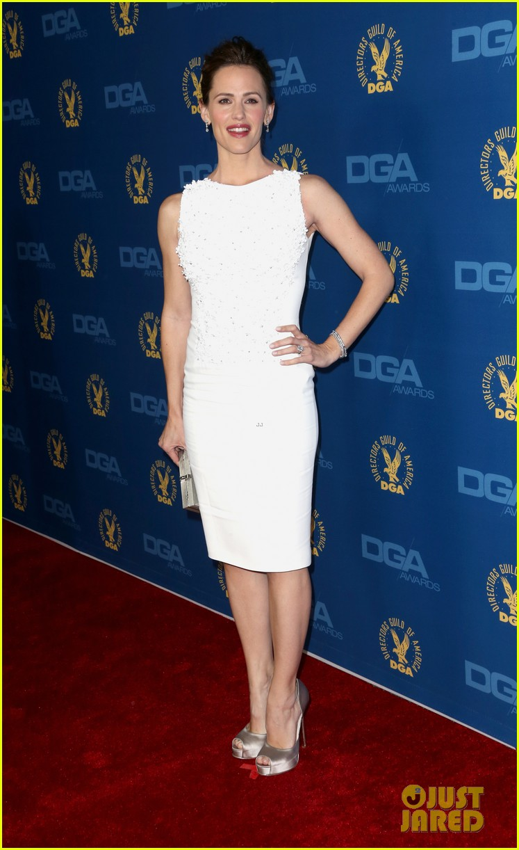 jennifer garner ben affleck dga awards 2013 red carpet 01