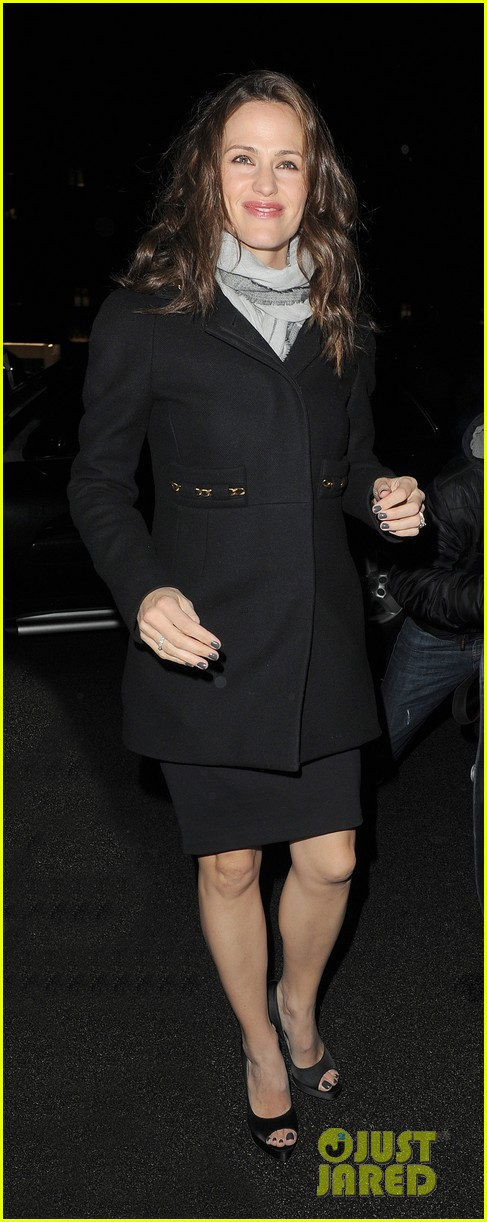 jennifer garner ben affleck pre baftas dinner duo 14