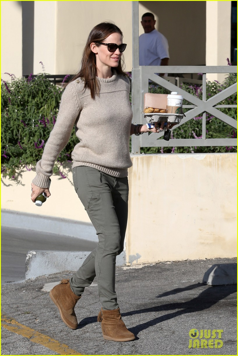 jennifer garner lunch date with samuel 03