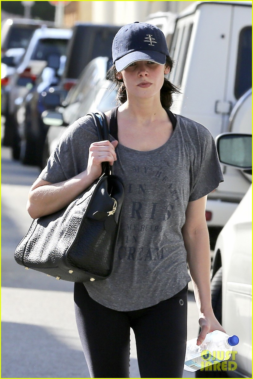 ashley greene i have such amazing people in my life 02