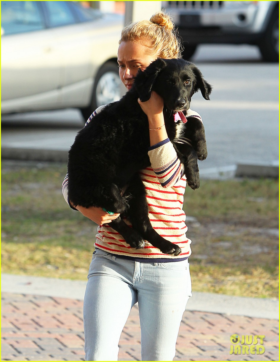 hayden panettiere miami beach day with shirtless wladimir klitschko 05