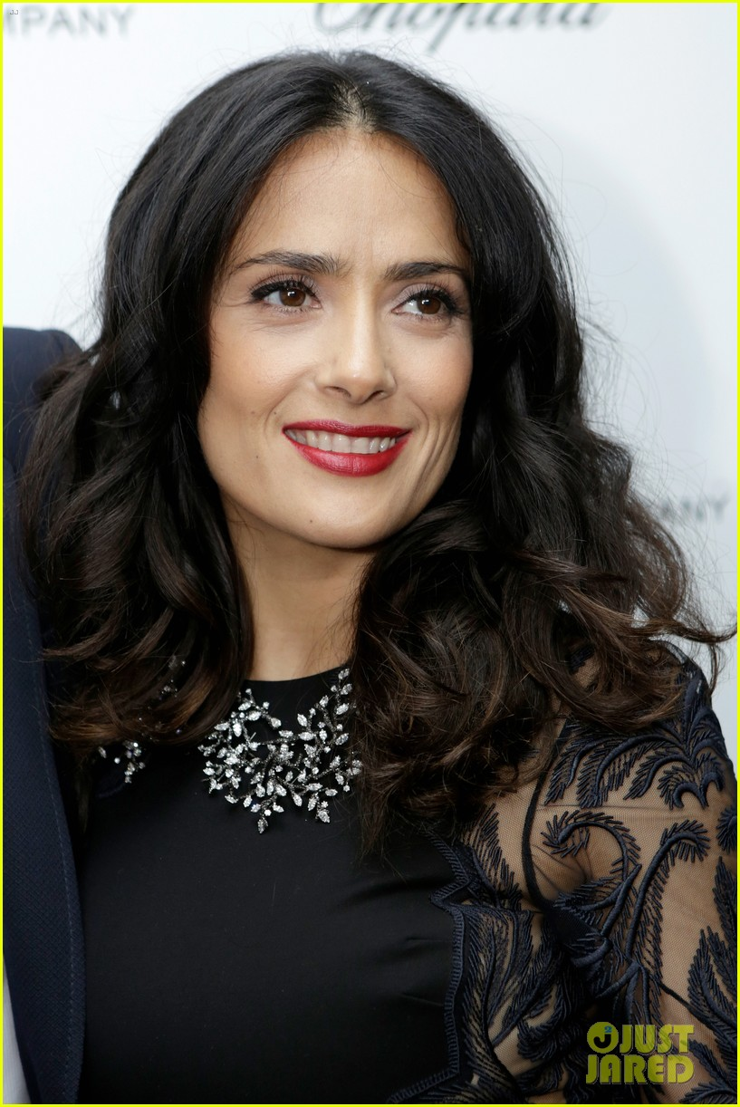 salma hayek weinstein pre oscars party 2013 07