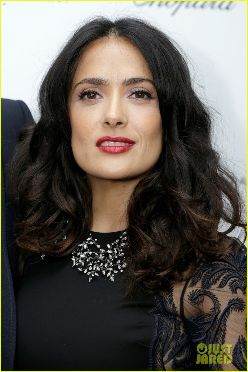 salma hayek weinstein pre oscars party 2013 09