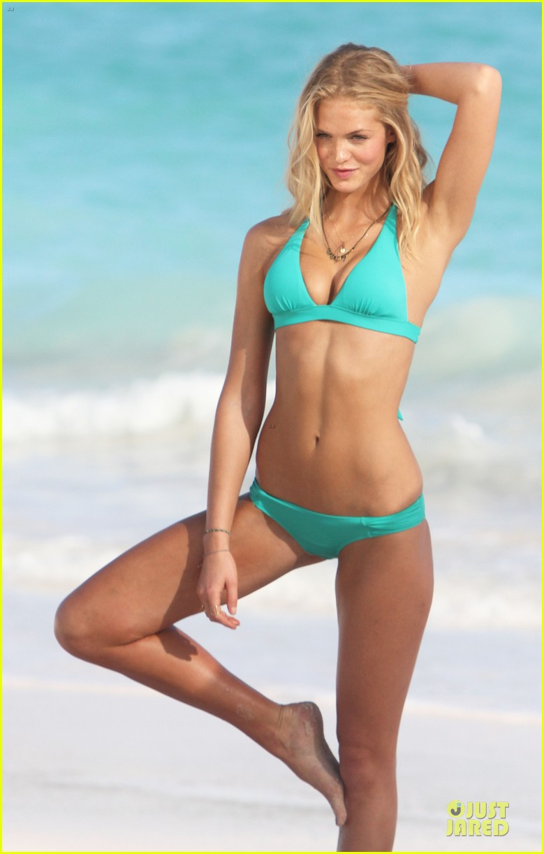 erin heatherton bikini shoot for victoria secret 25