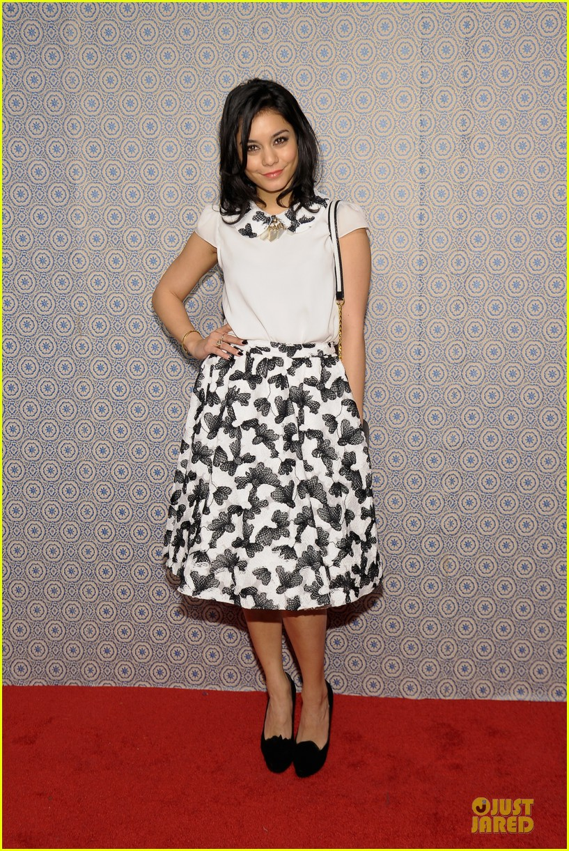 vanessa hudgens katharine mcphee alice olivia fashion show 17