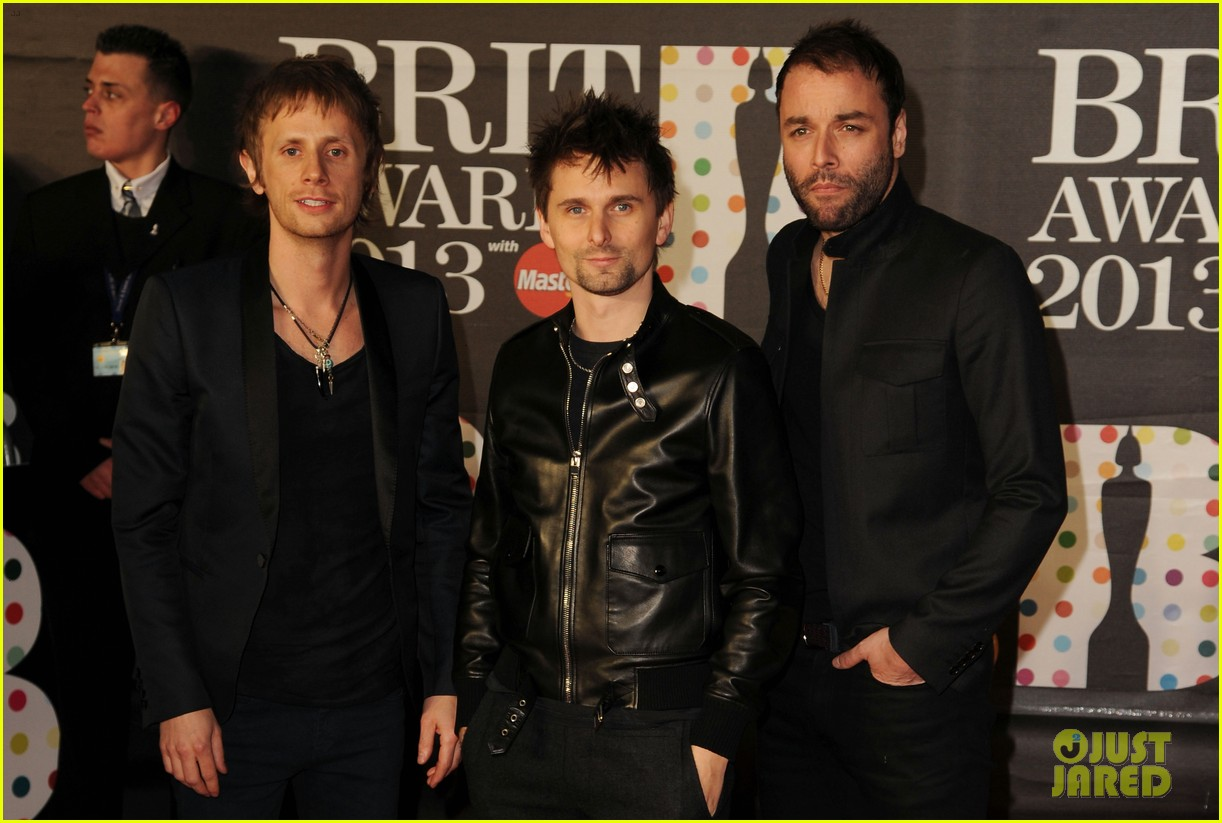 kate hudson brit awards after party with matthew bellamy 042816291