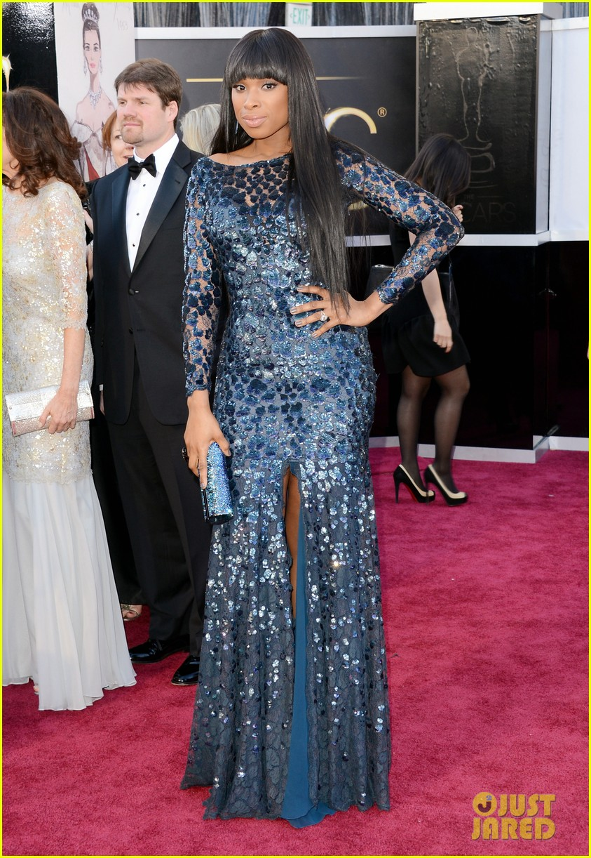 jennifer hudson oscars 2013 red carpet 05