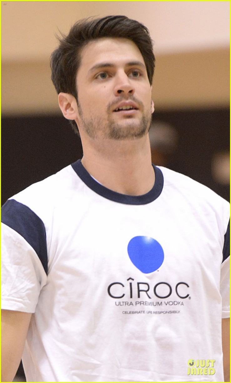 josh hutcherson james lafferty ciroc court basketball game 04
