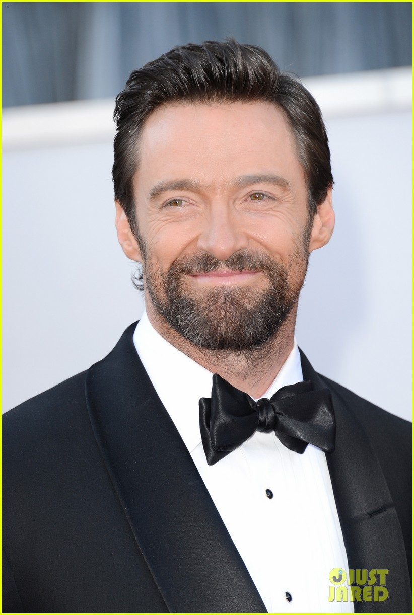 hugh jackman oscars 2013 red carpet with deborra lee furness 04