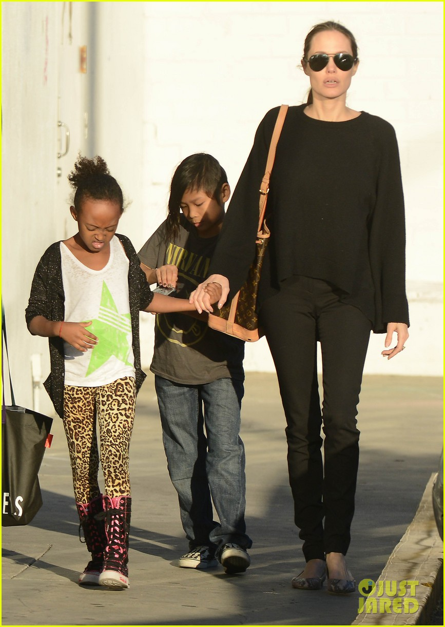 angelina jolie zahara pax urban outfitters shoppers 062812030