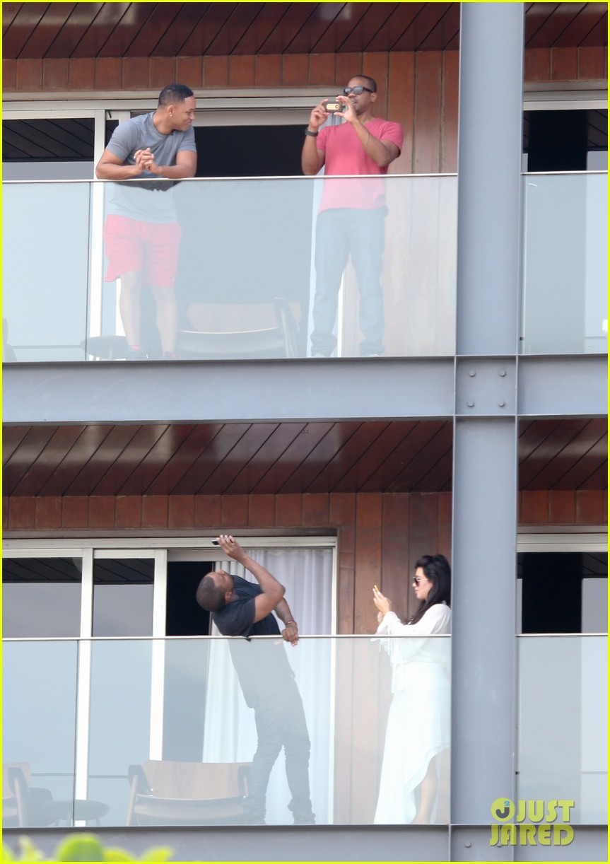 kim kardashian kanye west balcony fun with will smith 12