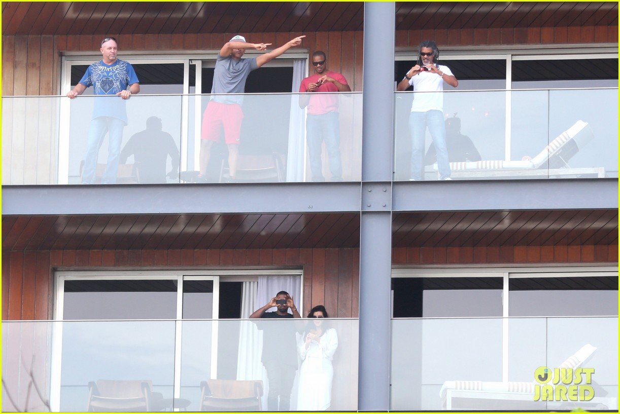 kim kardashian kanye west balcony fun with will smith 22