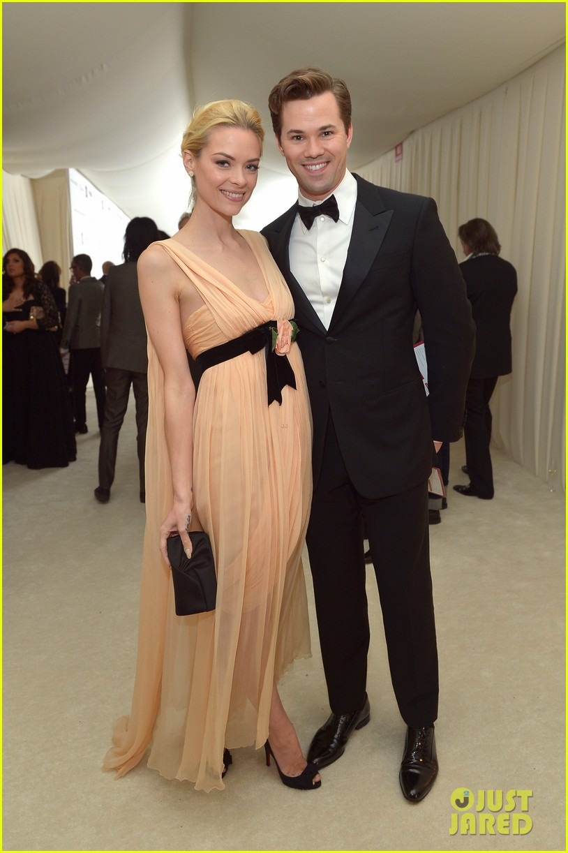 jaime king andrew rannels elton john oscars party 2013 01