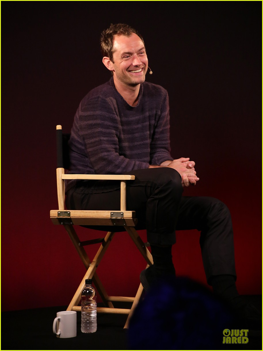 jude law side effects promotion at apple 05