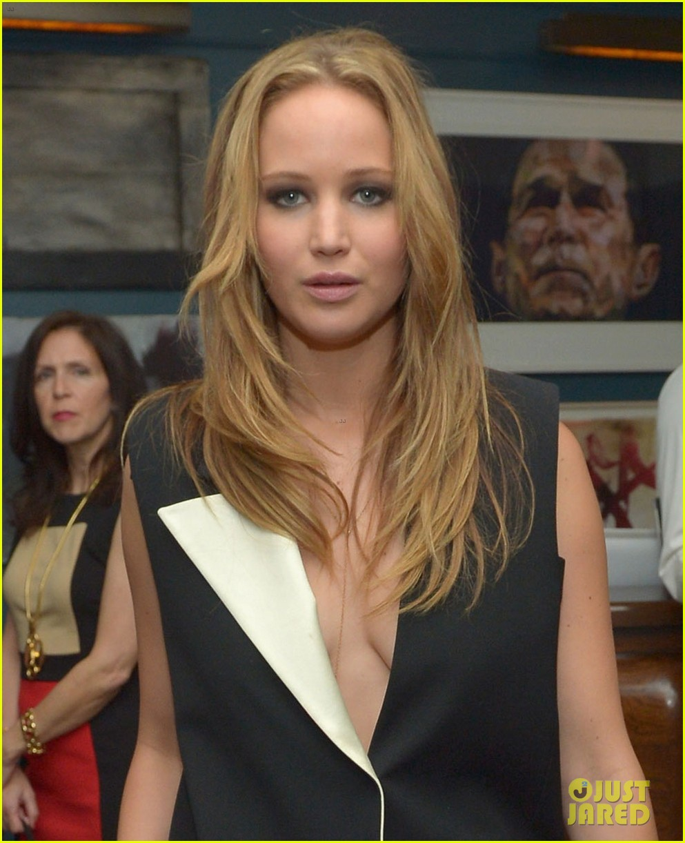 jennifer lawrence weinstein company pre oscars party 2013 022818344