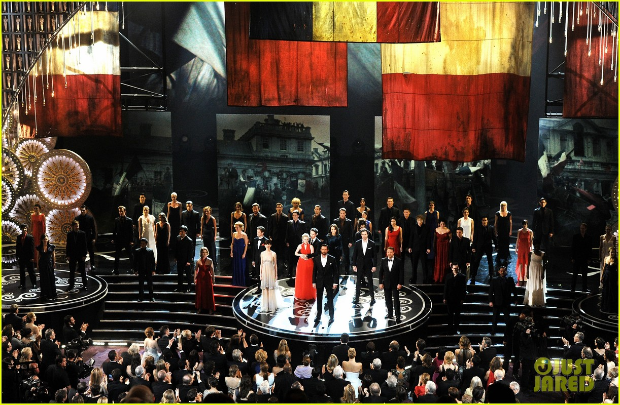 Les Miserables': Oscars 2013 Performance - WATCH NOW!