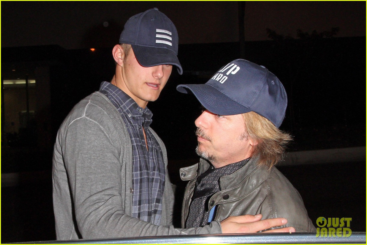 alexander ludwig boa steakhouse dinner with david spade 04