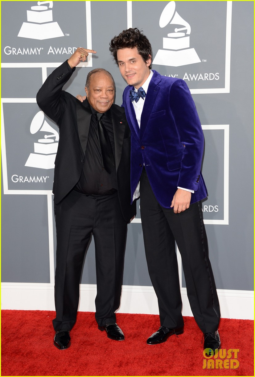 john mayer grammys 2013 red carpet 022809287