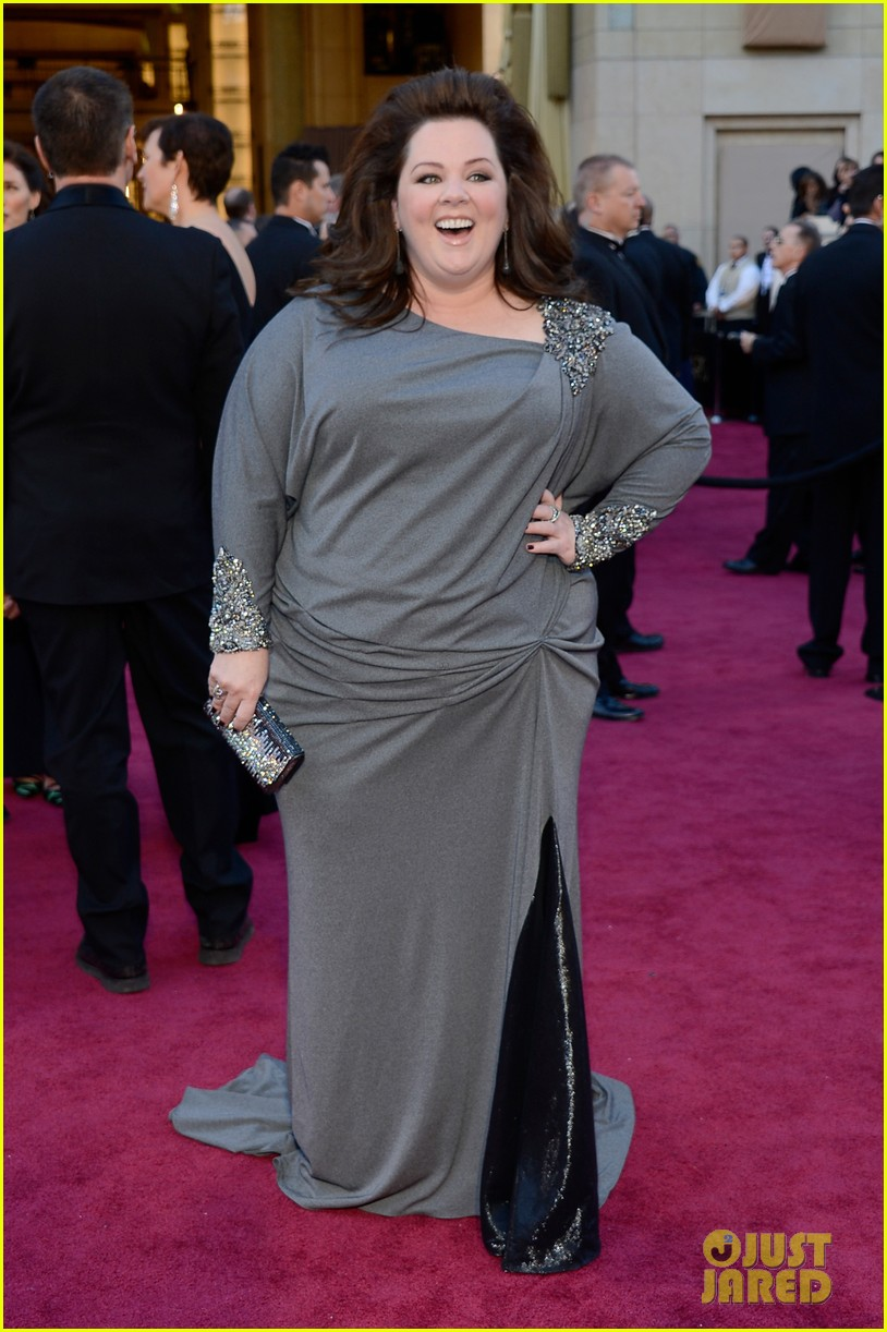 melissa mccarthy oscars 2013 red carpet 03