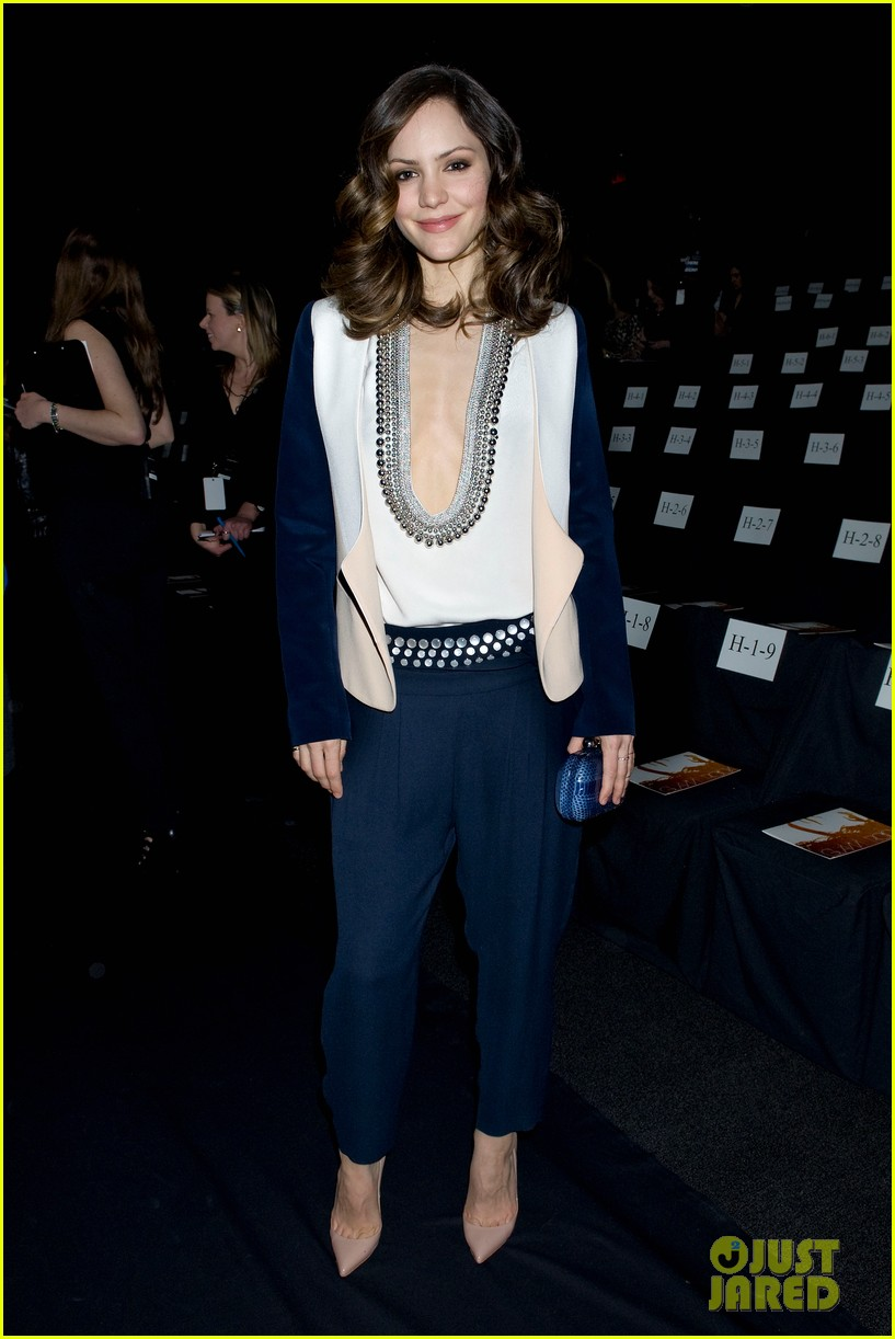 katharine mcphee chelsea handler dvf fashion show 13